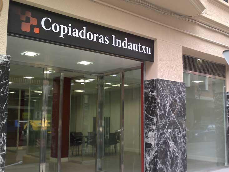 Locales comerciales haus interiores bilbao - Decoracion de interiores bilbao ...